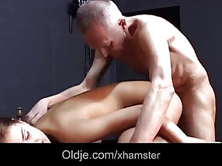 Old Man Lusted by Sex Greedy Teen