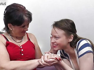 Old Mother Fucks Her Young Lesbian Girl