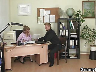 He Fucks Naughty Mature Office Woman