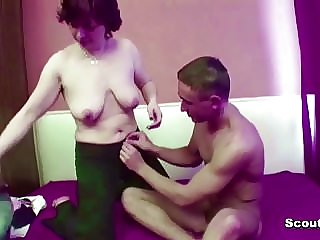 Hairy Mom Seduce 18yr Old Step-son to Fuck Her Anal