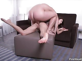 Anal Toys Help Camilla Moon with First Time Anal