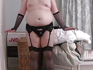 Sissy Shakes Ass and Talks Dirty