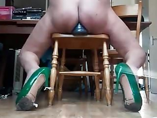 Sissy - Very High Green Heels - Pyramide Dildo