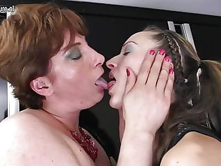 Daughter Fucks Her Mom's Lesbian Friend