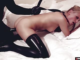 The Art of Being an Obedient Sex Toy