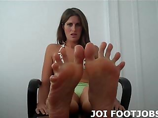 Put Your Cock Between My Feet So I Can Jerk You off