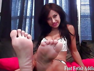 Blow a Big Load All over My Size 5 Feet