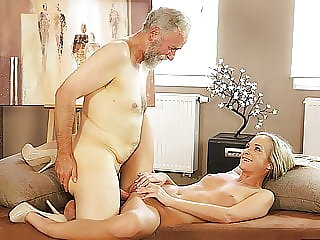 Old4k. Old Pedagogue Uses Chance to Make Love with