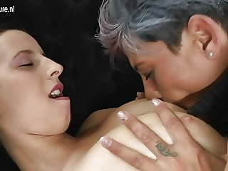Mature Mother Fucks Her Young Lesbian Lover