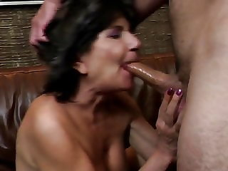 Old Granny with Thirsty Holes Fucked by Young Boy
